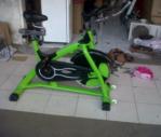 Sepeda Spining bike commercial Hanata hijau